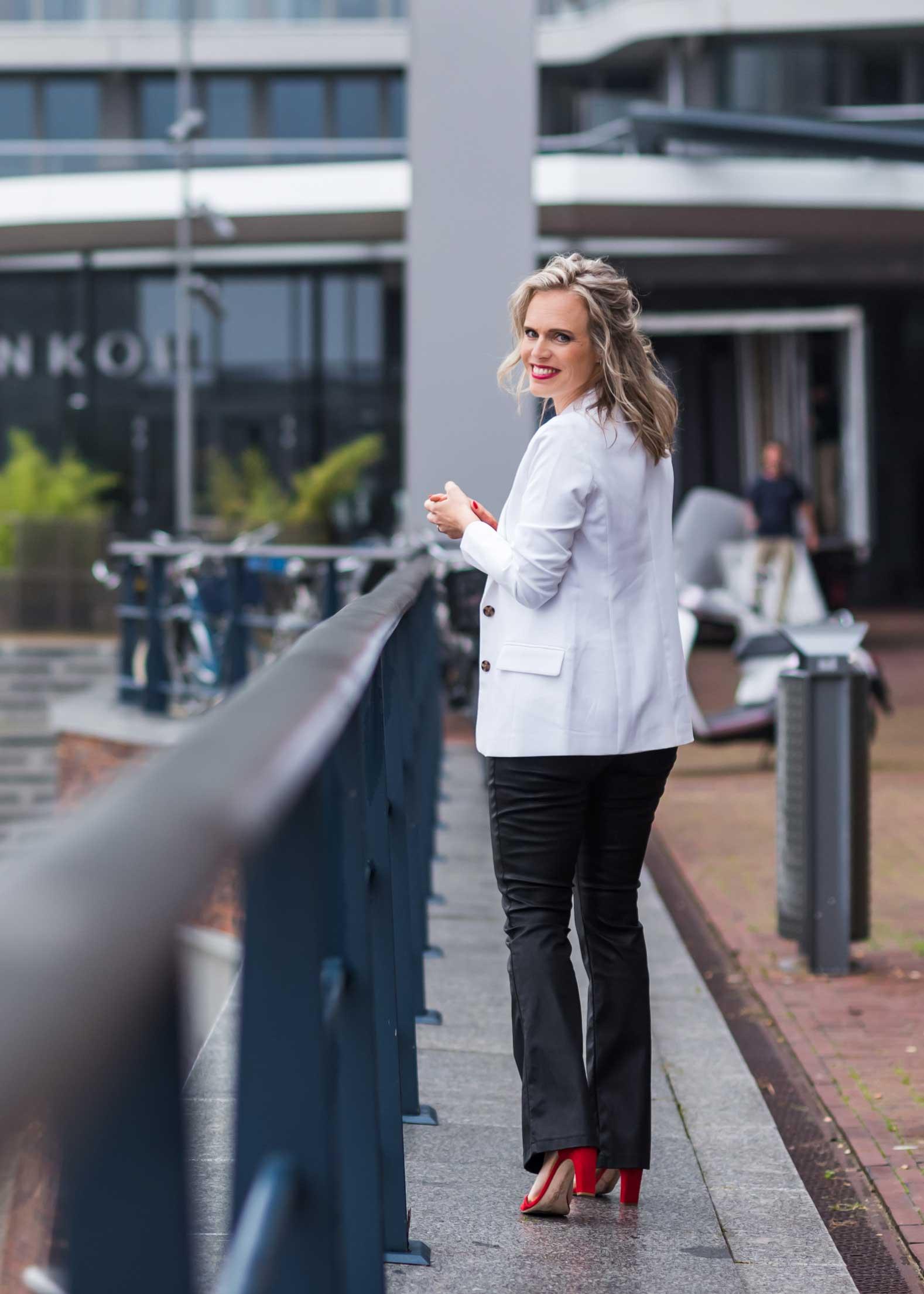 Female Business Coach Floor Keereweer